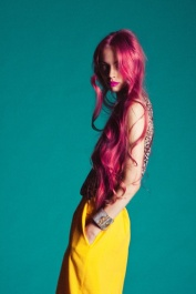 8-9 pink hair