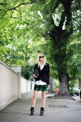 09-06 plaid skirt