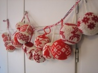 12-6 yarn balls
